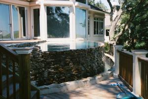 Natural Stone Vanishing Edge Pool